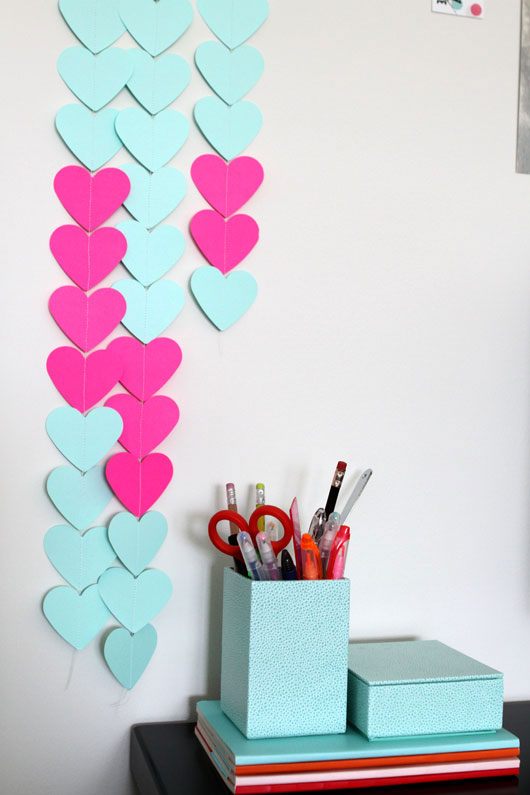 DIY-Neon-Heart-Paper-Chains