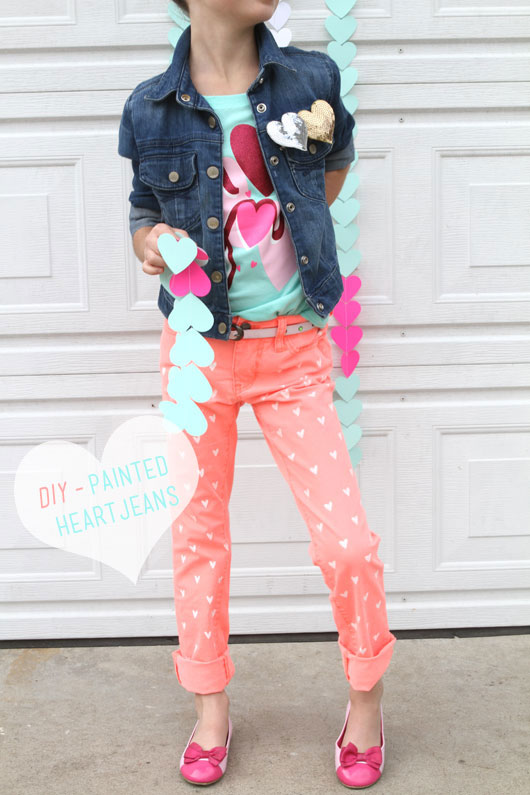 DIY-Painted-Heart-Jeans