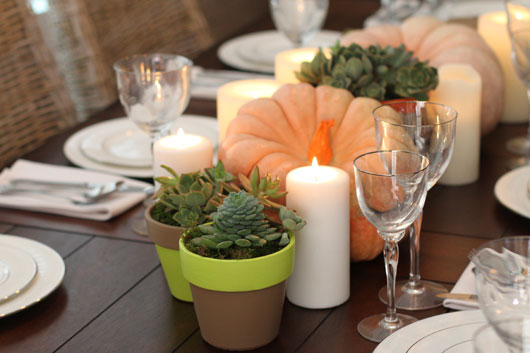 Neon-Thanksgiving-Table-Decor