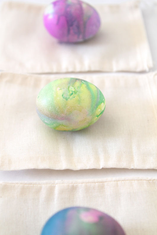 swirled-watercolor-easter-eggs