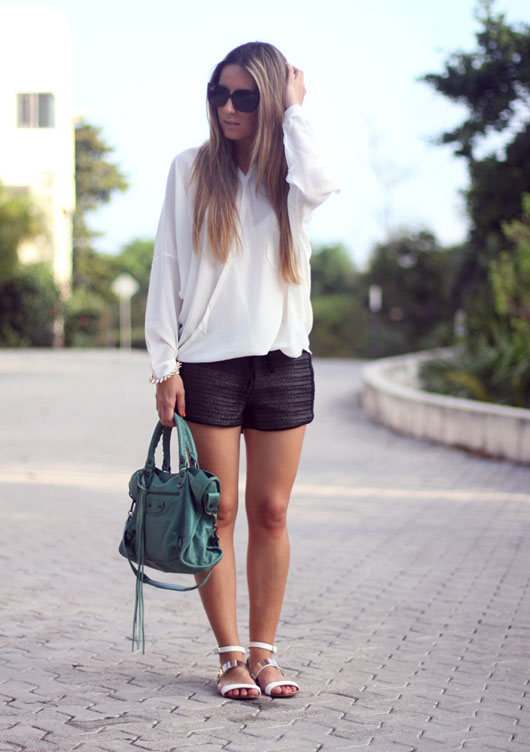 Black-and-white-look-blogger-6