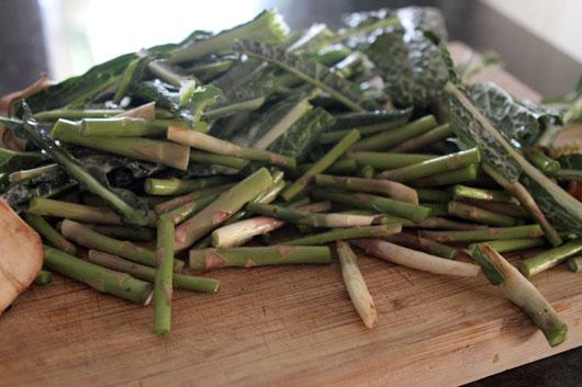 vegetable-scraps-for-stock