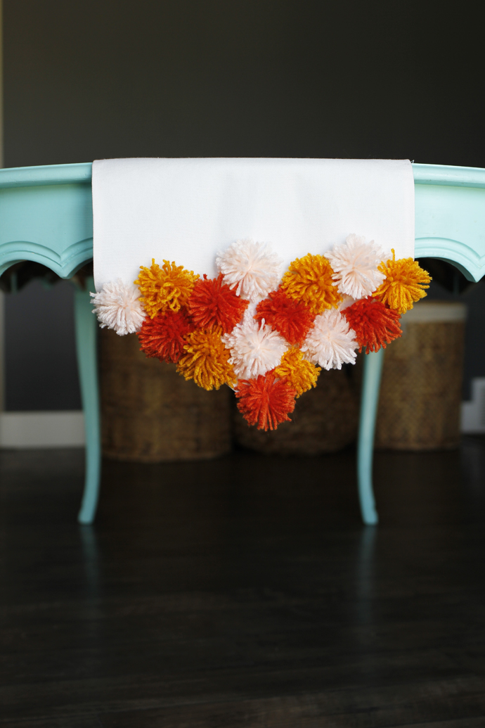 DIY Pom Pom Table Runner