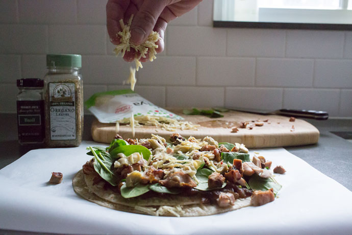 Caramelized-Onion-Chicken-Pizza-5